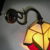 wall-lamp-tiffany-red-green