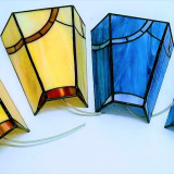 yellow-wall-tiffany-lamps-geometric-design