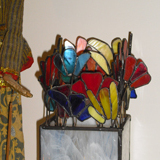 stained-glass-lamp-flowers