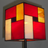 table-lamp-mondrian-stained-glass