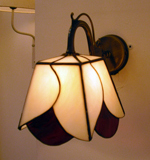 wall-lamp-stained-glass-white-red