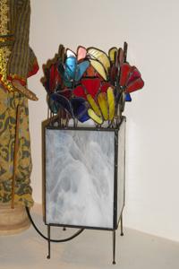 מנורות שולחן - זר פרחים בקופסא