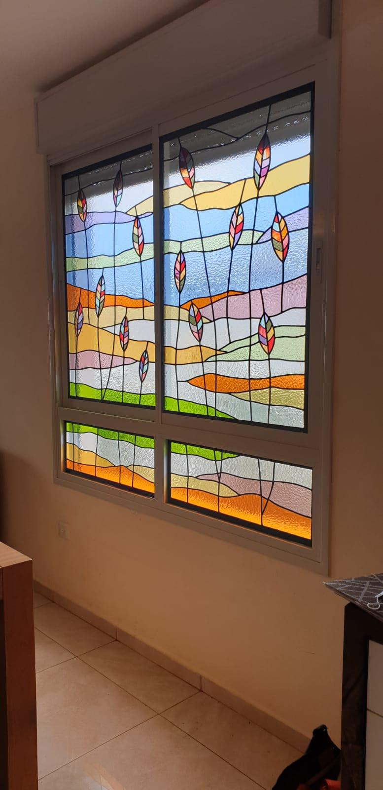 חלונות מעוצבים בויטראז מבט מהצד