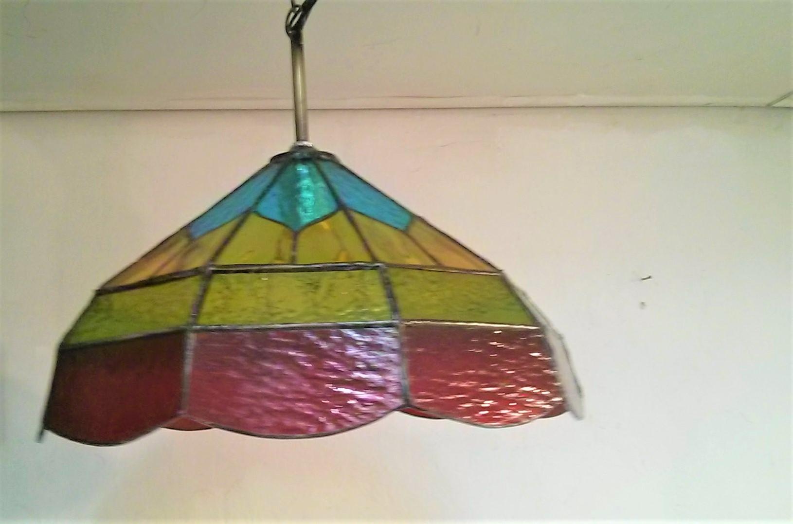 מנורת ויטראז תלוייה אדום כחול צהוב