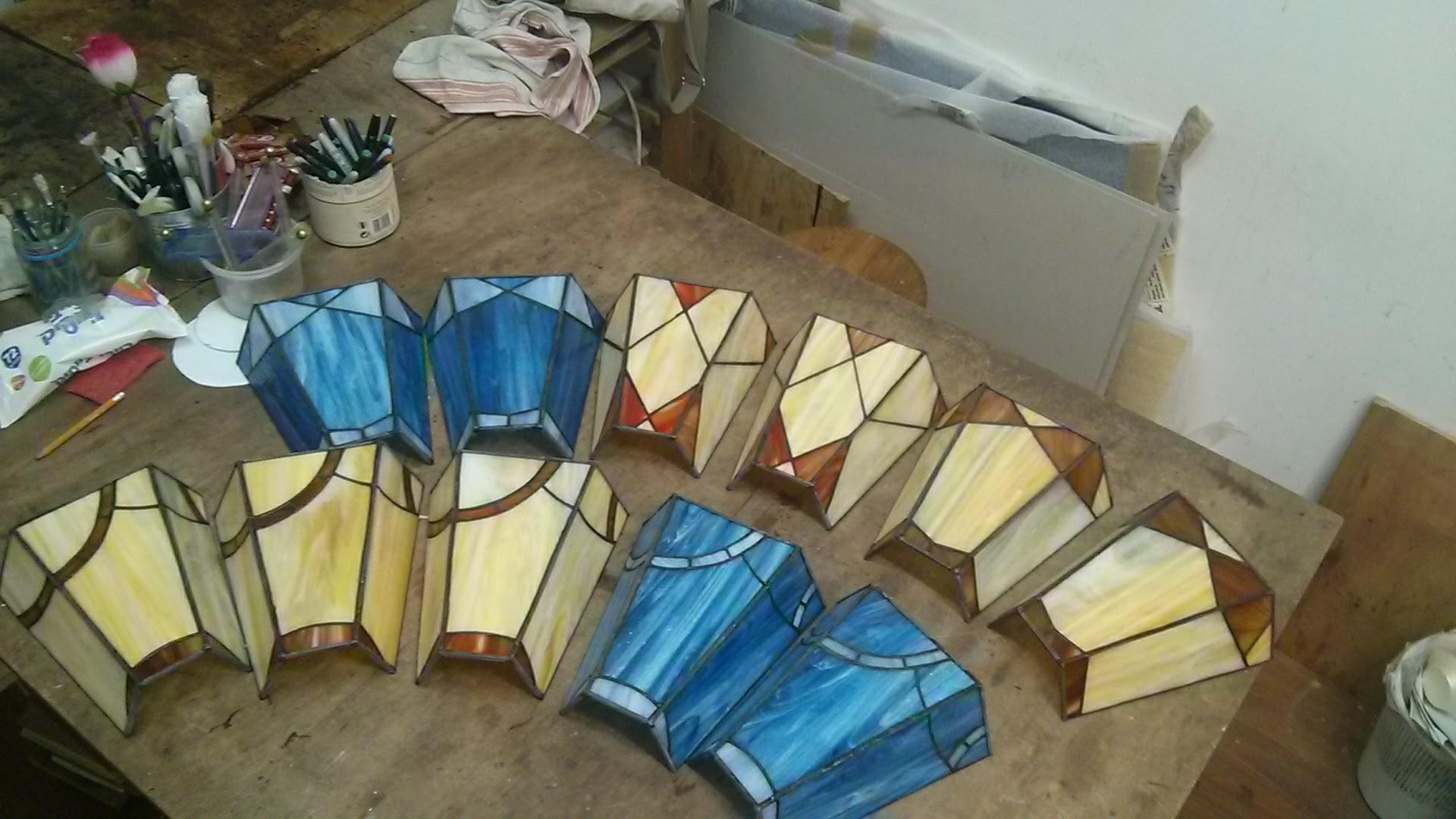 סדרת מנורות קיר ויטראז בעיצוב גאומטרי