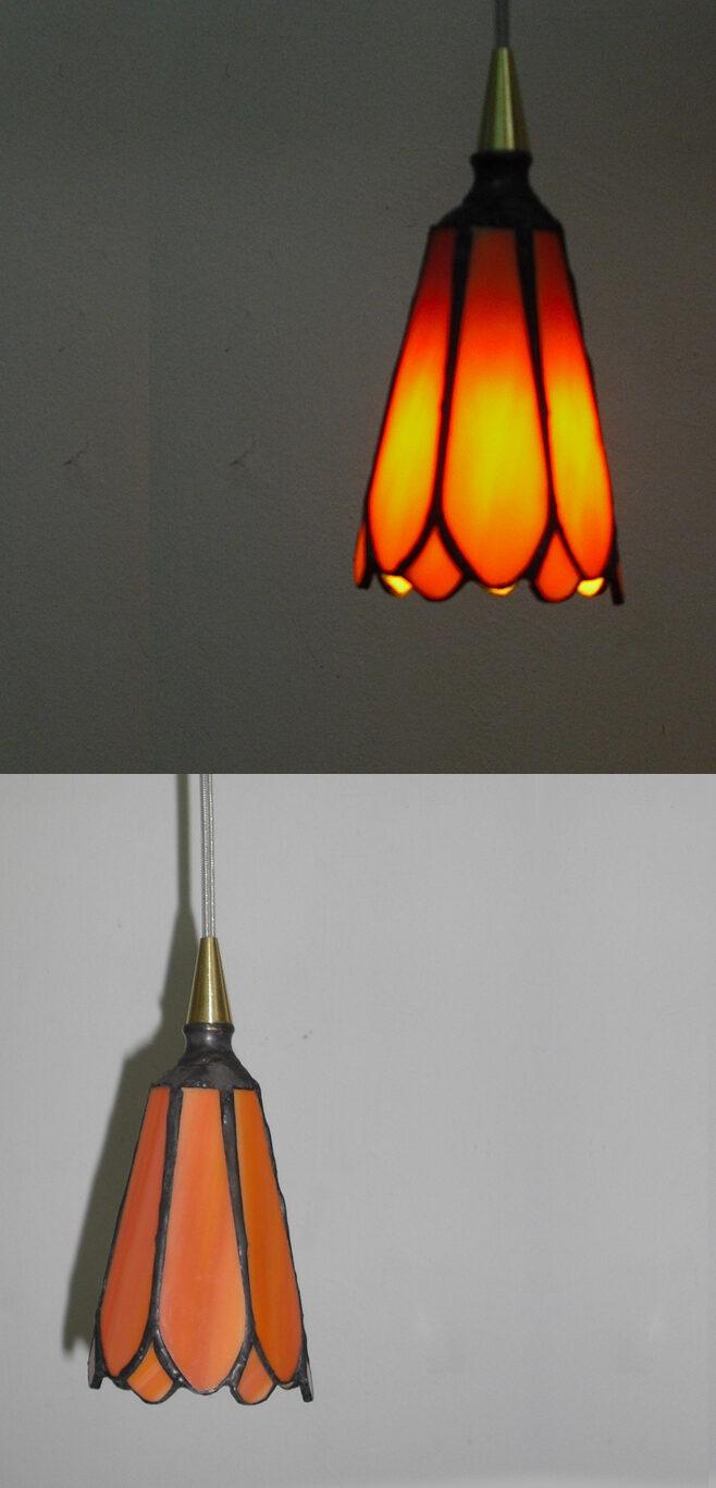 מנורת טיפאני, מנורת לד ויטראז פרח כתום