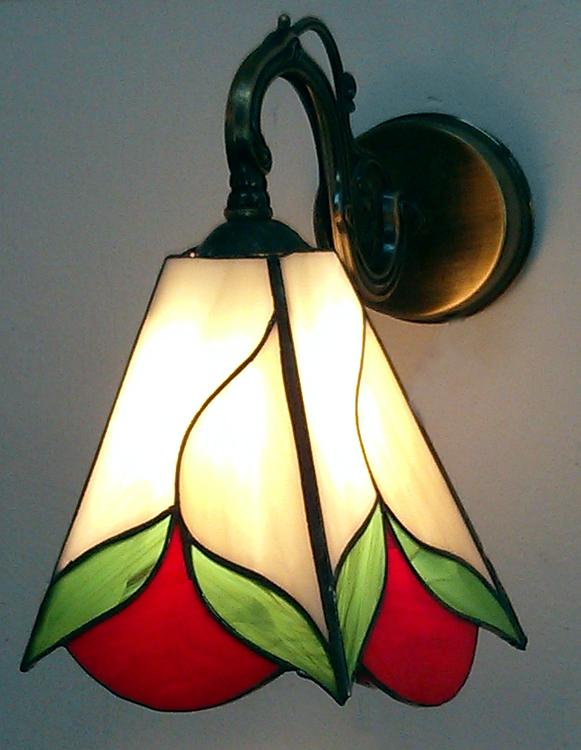מנורת ויטראז לקיר, מנורת טיפאני קיר, מנורת לד ויטראז עם פרח